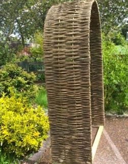 woven-willow-archway